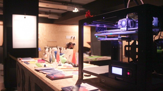 Fablab Look Forward