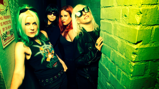 L7 : Pretend We're Dead