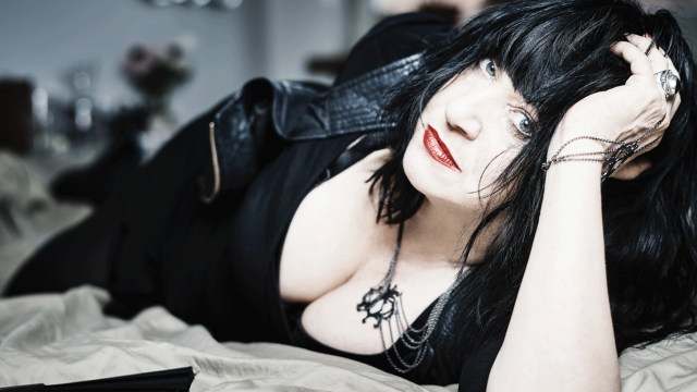 Lydia Lunch - The War Is Never Over